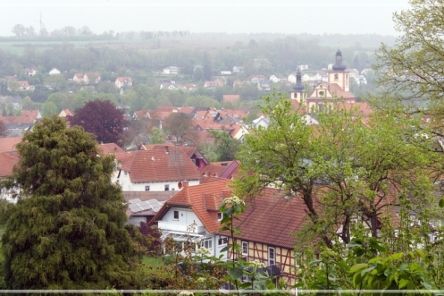 12tel_Blick_April_Kirche